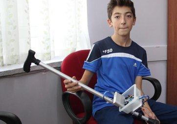 Minik öğrenci görme engellilerin hayatını kolaylaştıracak