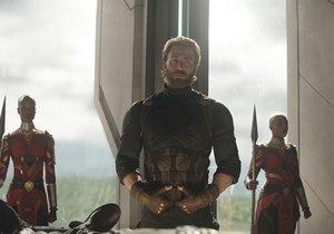 Avengers: Infinity War (Yenilmezler: Sonsuzluk Savaşı) tüm zamanların rekorunu kırdı