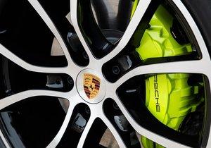 Porsche'nin yeni canavarı 2019 Cayenne E-Hybrid
