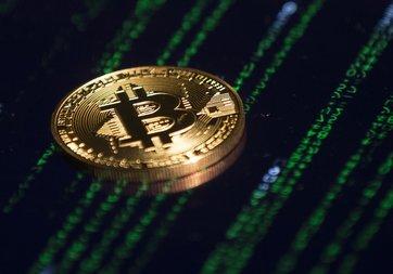 İsimsiz yatırımcı rekor düzeyde Bitcoin satın aldı