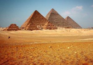 Büyük Piramit'in 4 bin 500 yıllık sırrı çözüldü!
