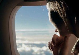 Bilim insanları uçakta cam kenarında oturanlar için ne dedi?