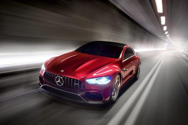 Mercedes AMG GT Concept tanıtıldı: Dört kapı, 805-beygir gücü!