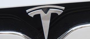 Tesla Model 3 için iptaller arka arkaya geliyor