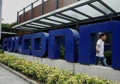 Apple ve Qualcomm arasındaki savaşa Foxconn katıldı