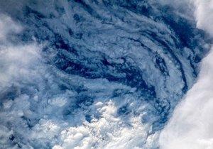 Florence Kasırgası uzaydan görüntülendi!