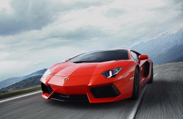 Lamborghini rekor kırdı
