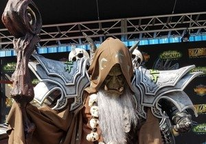 Harika bir World of Warcraft cosplay'i