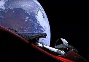 Uzaya giden Tesla'ya ne oldu?