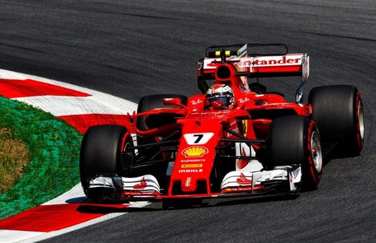 Michael Schumacher hala zirvede