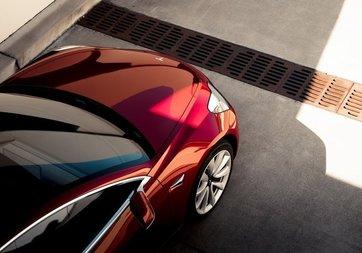 Tesla Model 3, 1.6 milyon km'ye kadar bakım gerektirmeyecek