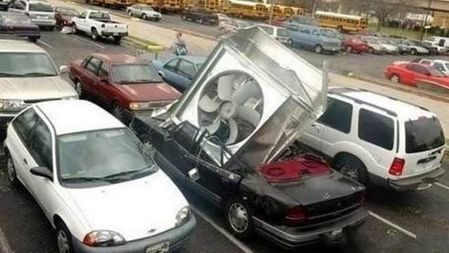 En tuhaf otomobil kazaları