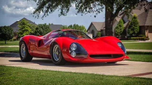 Bu Ferrari 9 milyon dolara satılıyor