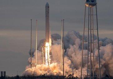 Orbital ATK'nın kargo mekiği uzaya fırlatıldı