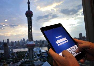 Facebook yasaklı olduğu Çin'de merkez kuruyor
