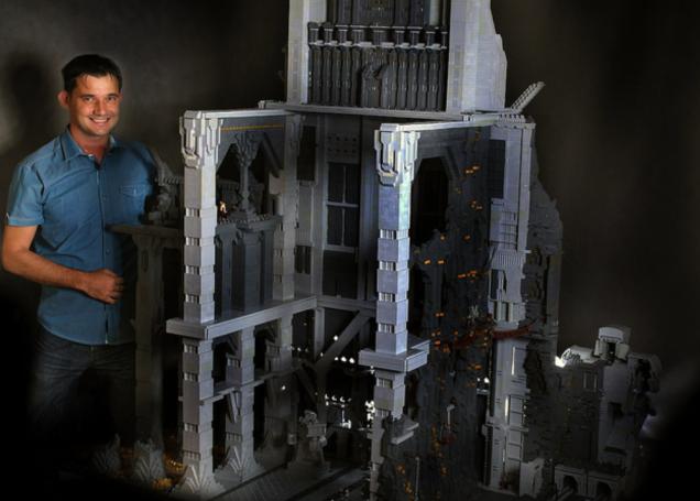 120,000 parça LEGO'dan Hobbit'deki Erebor'u inşa etti
