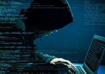 Ünlüleri hackleyen firari hackerlara baskın: 7 gözaltı