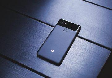 Google, 2017'de kaç Pixel telefon sattı?
