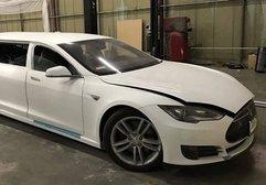 Dünyanın ilk Tesla limuzinini gördünüz mü?