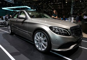 2019 Mercedes-Benz C Serisi ile tanışın