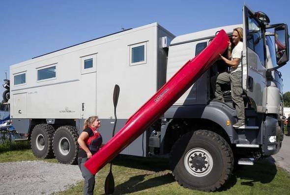 Zırhlı kamyon lüks rezidans oldu