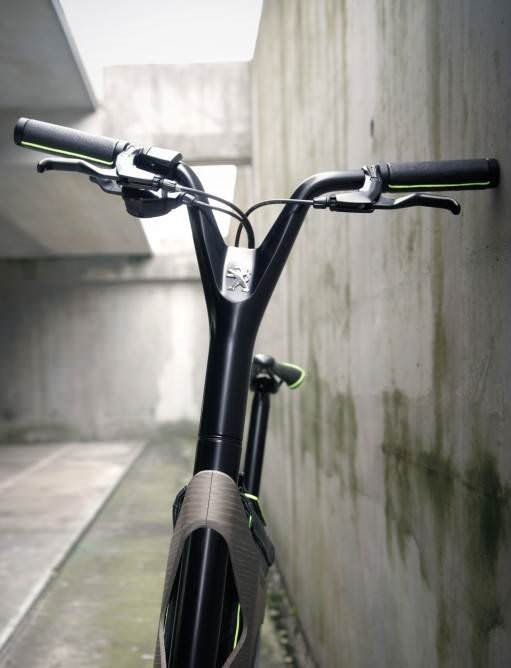 Peugeot'un laptoplu bisikleti