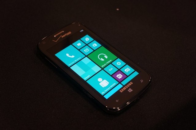 WP8 telefon Samsung Ativ Odyssey, CES 2013'te göründü