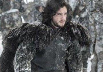 Jon Snow'un ünlü kürkü 140 liralık kilim çıktı