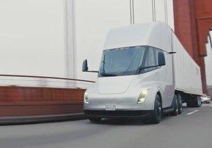 Elektrikli TIR Tesla Semi ilk defa yollarda
