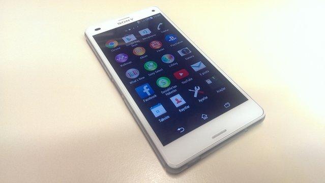 Sony Xperia Z3 Compact'ın fotoğrafları