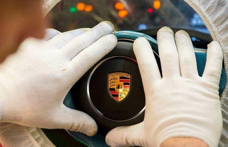 """Porsche'de """"dizel gözaltısı"""""""