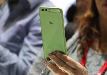 Huawei P11'de iPhone X gibi çıkıntı olabilir