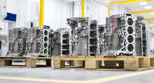 Jaguar Land Rover'ın motorlarını soydular!