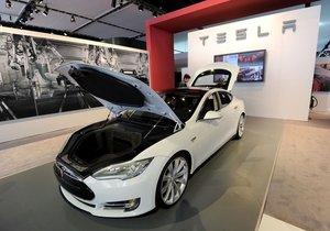 Tesla iflas mı edecek?