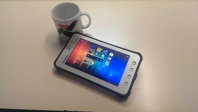 Panasonic Toughpad JT-B1 tablet fotoğrafları