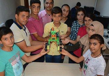 Şanlıurfa'da öğrenciler robot geliştirdi