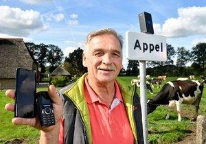 Samsung, Appel köyünde ücretsiz Galaxy S9 dağıttı!