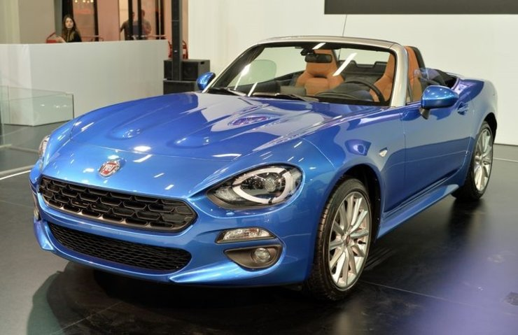 fiat 124 spider stanbul autoshow ile birlikte t rkiye de te fiyat teknokulis. Black Bedroom Furniture Sets. Home Design Ideas