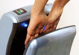 Tuvaletlerdeki el kurutma makineleri hijyenik mi?