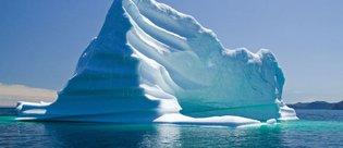 Kuzey Atlantik'te buz dağı istilası! Titanik'i hatırlattı