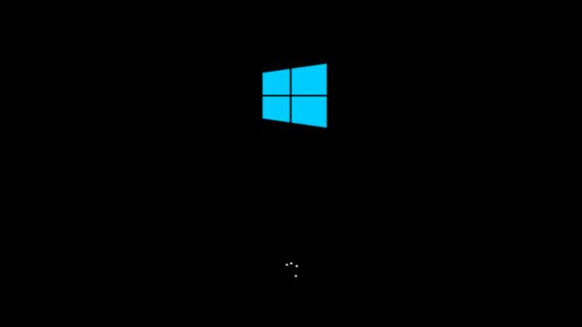 30 yaşına giren Windows'un şimdiye kadarki açılış ekranları